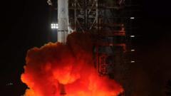 Китайски луноход кацна на Луната