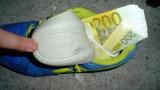 Задържаха двама поляци за трафик на фалшиви 52 600 евро