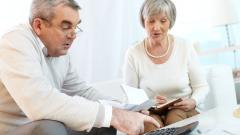 Пенсионерите по света ще изхарчат спестяванията си 10 години преди смъртта си