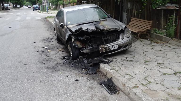Запалиха колата на кмета на Козлодуй