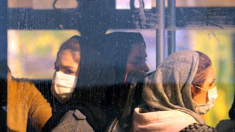 Коронавирус: Повече от 2 900 починали, 85 000 болни