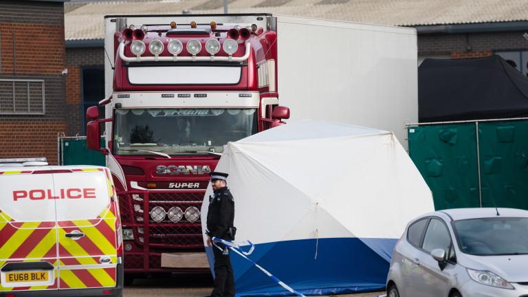 12 мигранти открити в хладилен камион в Белгия