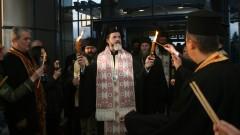 Митрополит Антоний: Църквата призова хората да си останат у дома