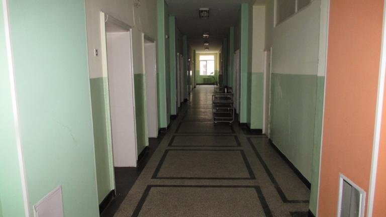 Болницата в Карлово пред затваряне