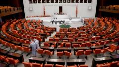 Турция с по-голям контрол над социалните мрежи с нов закон