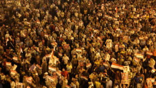 И САЩ поискаха връщането на Морси