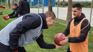 Защо ЦСКА привлича все по-трудно играчи от България?