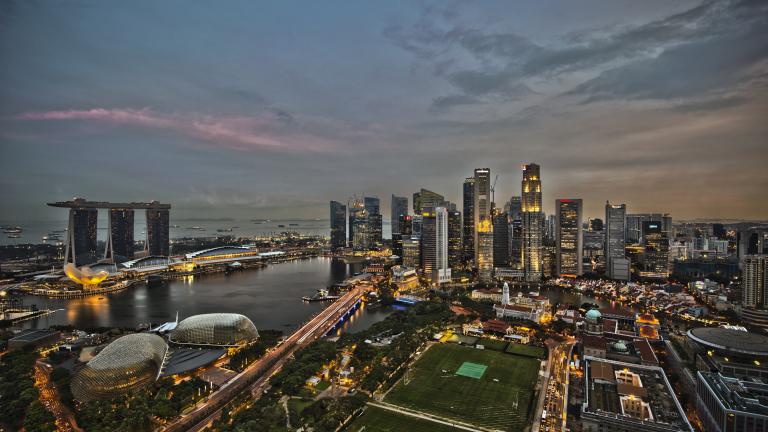 Мащабна хакерска атака в Сингапур, изтекли са лични данни на 1.5 млн. души