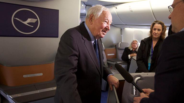 """Почина """"бащата"""" на емблематичния Boeing 747"""