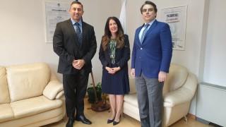 Финансовият министър запозна Херо Мустафа с новия шеф на НАП