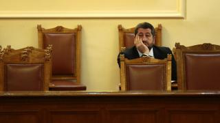Важно е каква политическа подкрепа ще има Захариева, загатна Христо Иванов