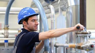 Какви работници се търсят най-много на пазара на труда в момента?