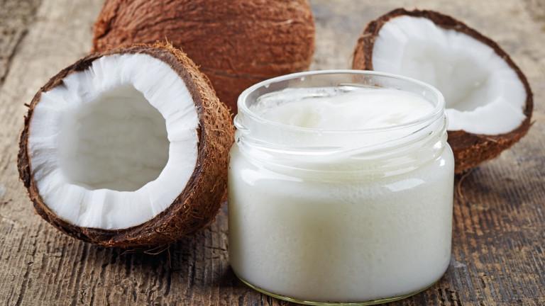Кокосово масло вместо паста за зъби