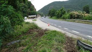 Катастрофа временно ограничи движението по пътя Бургас - Поморие
