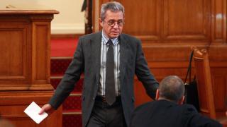Десните да замълчат за главния прокурор, поиска Йордан Цонев
