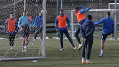 Левски подновява тренировки