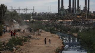 Израел удари множество обекти в ивицата Газа след ракетна атака