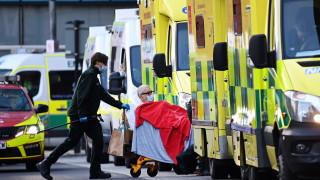 Коронавирус: Великобритания регистрира над 1500 починали за първи път