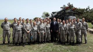 Румен Радев призова да се удължи максимално ресурсът на МиГ-29