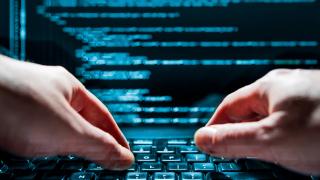 Кибер атака срещу френски медии