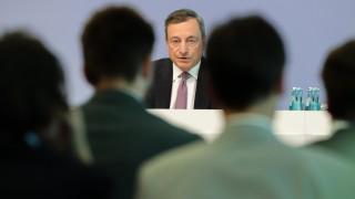 Марио Драги намали наполовина изкупуването на облигации