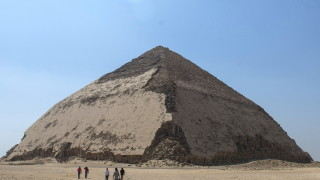 Египет отвори пирамиди за туристи за първи път от 1965 г.