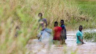 Силни дъждове нахлуват в Мозамбик след циклона