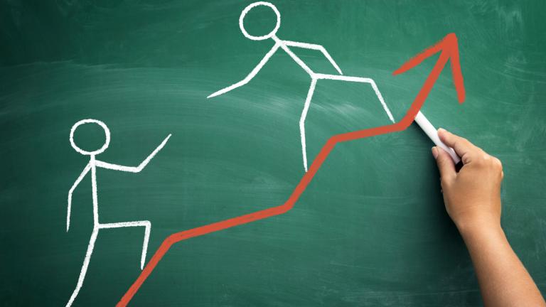 """В крайна сметка, """"ТК Холд"""" АД е едно печелившо предприятие, но то отстъпва много на """"Стара Планина Холд"""" АД по икономически, финансови, а и по СОЦИАЛНИ показатели. Този резултат от сравнението би трябвало да убеди лидера на КНСБ, а и всички синдикални дейци, че предприятията на хора, които те по някаква причина не харесват, могат да бъдат (и са) по-добри, от предприятия в управлението на които синдикатите участват пряко"""