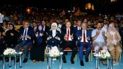 Турция почете потушаването на преврата