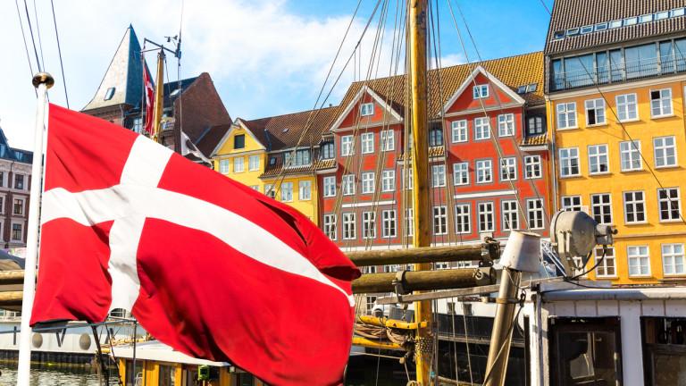 Медиите в Дания се обединяват Facebook и Google да им плащат за авторски права