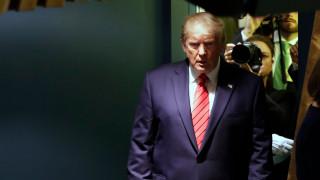 Смаяният Тръмп се страхувал от импийчмънт
