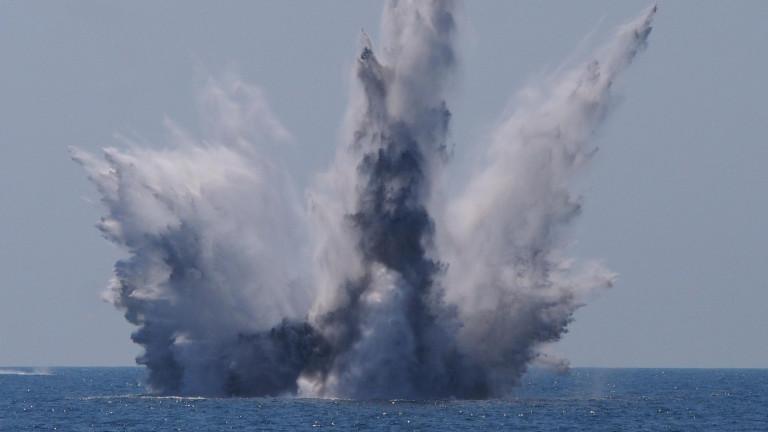 """Вицеадмирал: Русия да постави """"страхливите"""" американци на мястото им в Черно море"""
