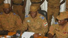 Военните в Буркина Фасо продължават преговорите за преходно правителство