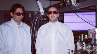 Двама българи правят революция в  света на физиката