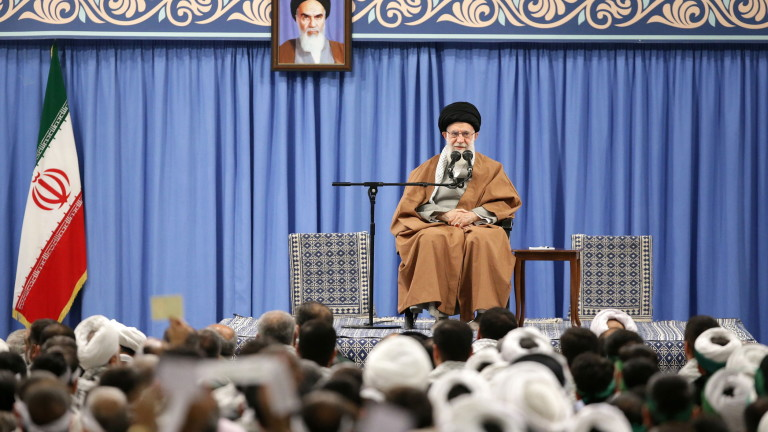 Франция, Великобритания, Германия: Иран да се въздържа от насилие и да спазва ядрената сделка