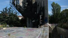 Рашидов търси идея как да запази паметника пред НДК