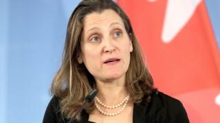 Канада отвърна на Тръмп и наложи мита върху американски стоки
