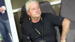 Ферарио Спасов остава начело на Ботев (Пловдив), още двама футболисти си тръгват