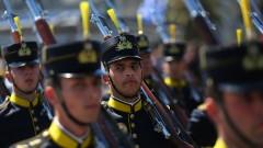Гърция кани Путин, Макрон и принц Чарлз на военен парад