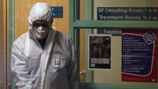 От Сингапур до Алпите проследяват контакти на заразен с коронавирус британец