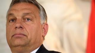 Как Орбан печели от кризата с бежанците