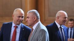 Марешки разкри, че Каракачанов контролира ДАБЧ