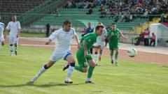 Ясен Петров тръгна с победа в Ботев (Вр)