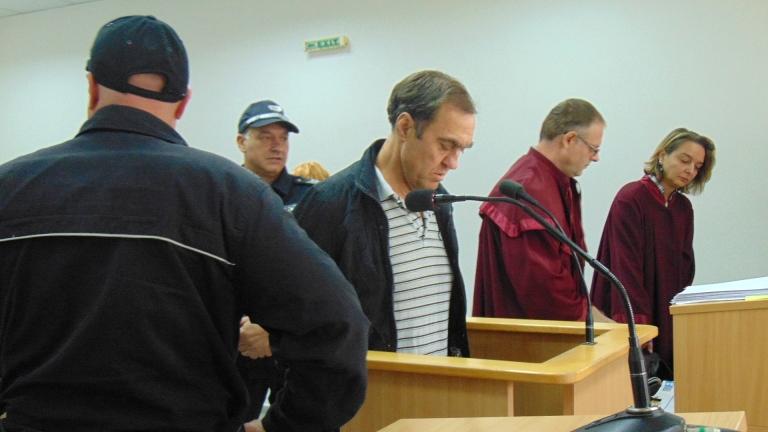 От 6 на 4 години намалиха присъдата на Иван Евстатиев
