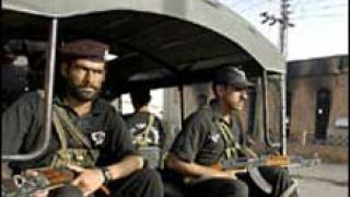 35 войници загинаха при самоубийствен атентат в Пакистан