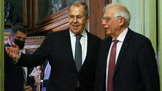 """ЕС няма отговор на руското """"разделяй и владей"""""""