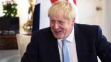 Джонсън призова държавните служители да се готвят за Брекзит без сделка