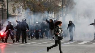Сблъсъци в Атина след протести за името на Македония