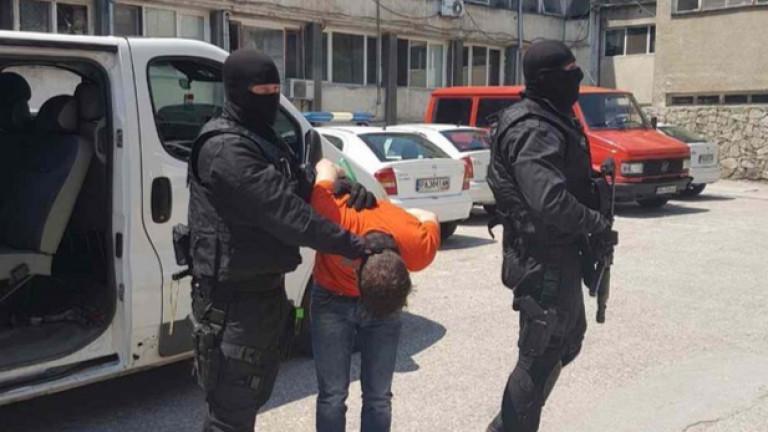 Арестуваха избягал затворник в Бургас