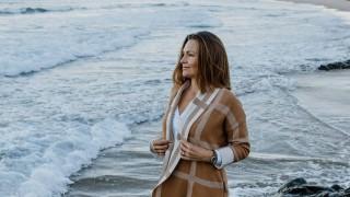 Сърфистката, която е преминала през ада на отвличането и изнасилването